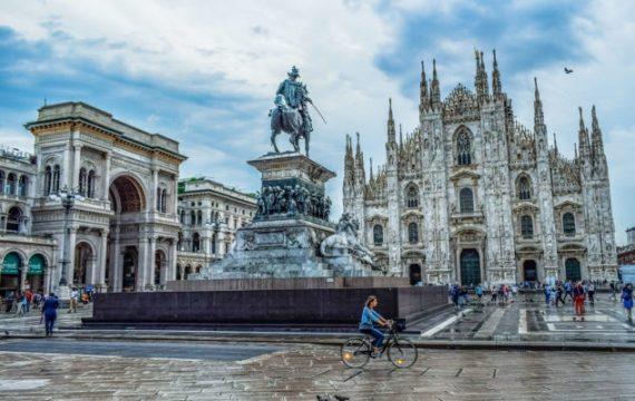 Le piazze di Milano e Roma dove organizzare le manifestazioni